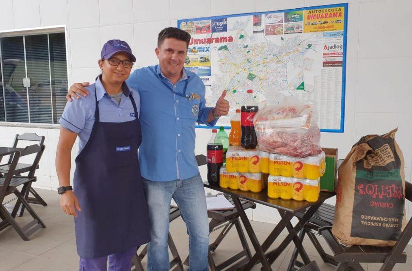 Posto Pinheirão entrega do kit churrasco