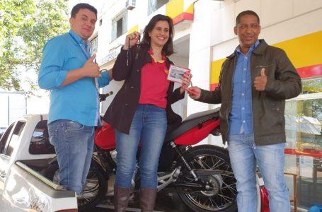 Entrega da Moto 0 Km do Sintrapostos e Umuarama